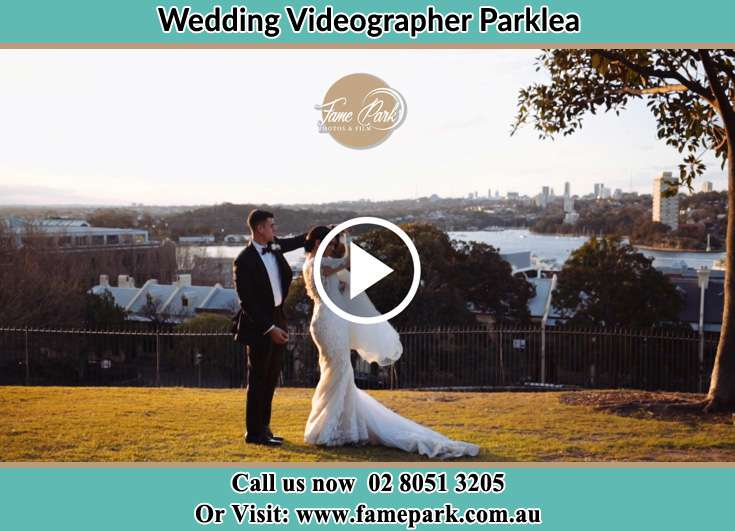 Bride and Groom at the hill Parklea NSW 2768